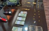 به نقل از پایگاه خبری پلیس ایران: دستگیری سارقان طلا و کشف 5 فقره سرقت درشهرستان اوز