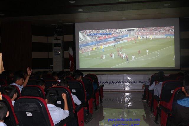دومین شهرآورد استقلال و پرسپولیس را فردا از سینما فردوسی اوز(خیریه شیخ عبدالقادر فقیهی) تماشا کنید