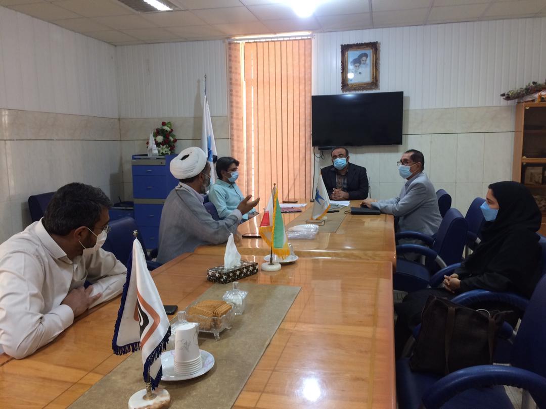 نشست روسای واحدها و مراکز در دانشگاه آزاد اسلامی لارستان در خصوص آمایش رشته ها