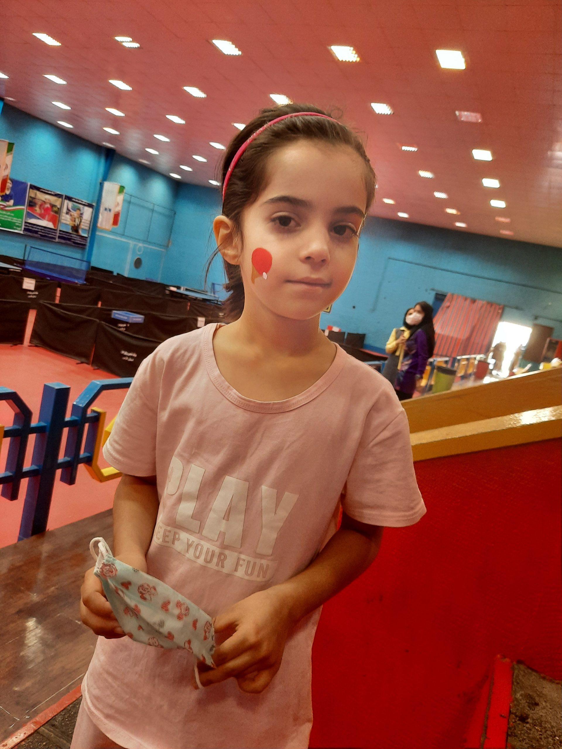 راهیابی السا ذهبی پینگ پنگ باز نونهال اوزی به مسابقات انتخابی منطقه ۱۱