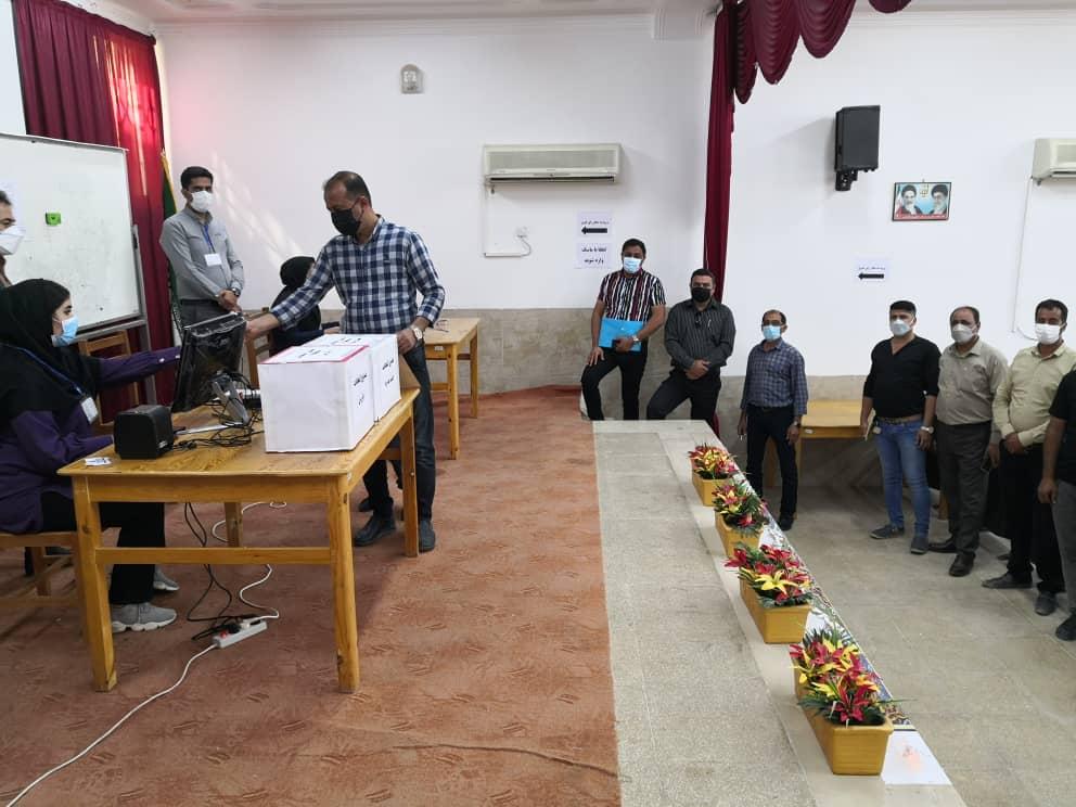 راهیابی 4 دانش آموخته دانشگاه آزاد اسلامی اوز در هیئت مدیره و بازرسی صنف نمایشگاه اتومبیل مشاورین املاک