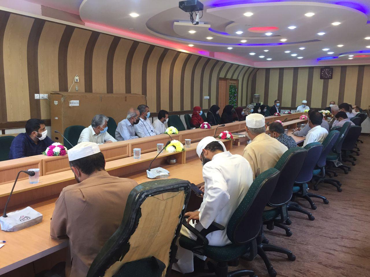 نشست در تالار مجتمع علوم دینی امام شافعی(رض) اوز برای نکوداشت آئین هفته وحدت